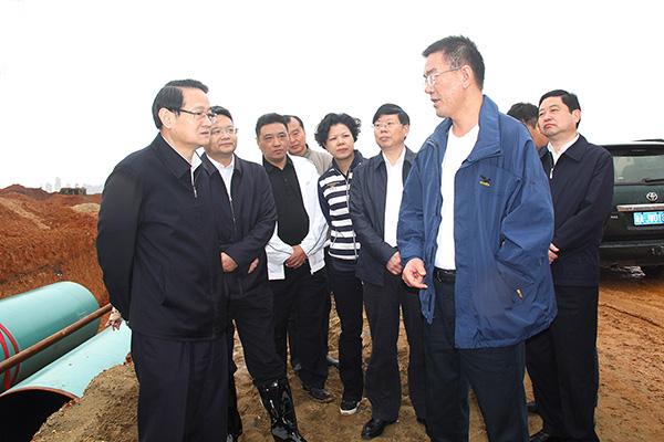 2017年4月21日 原湖南省委常委、长沙市委书记易炼红考察项目工地