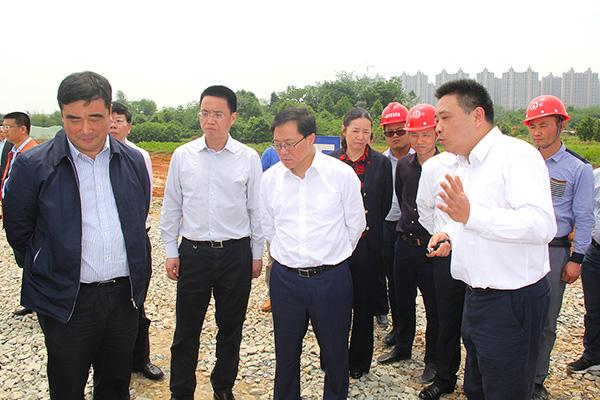 2017年4月28日 长沙市委副书记、市长、湖南湘江新区党工委书记陈文浩实地督察项目进展