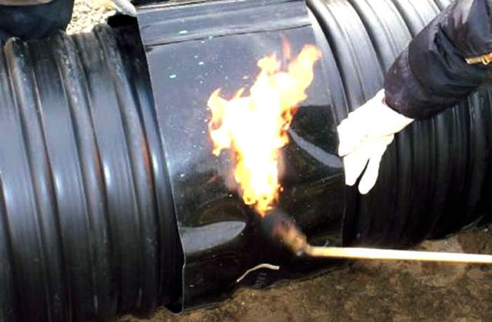 钢带管热收缩套连接